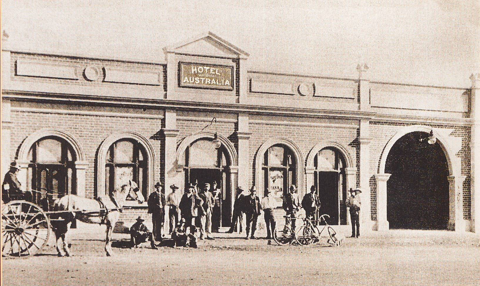 The Hotel Australia – The Coach House, Laverton