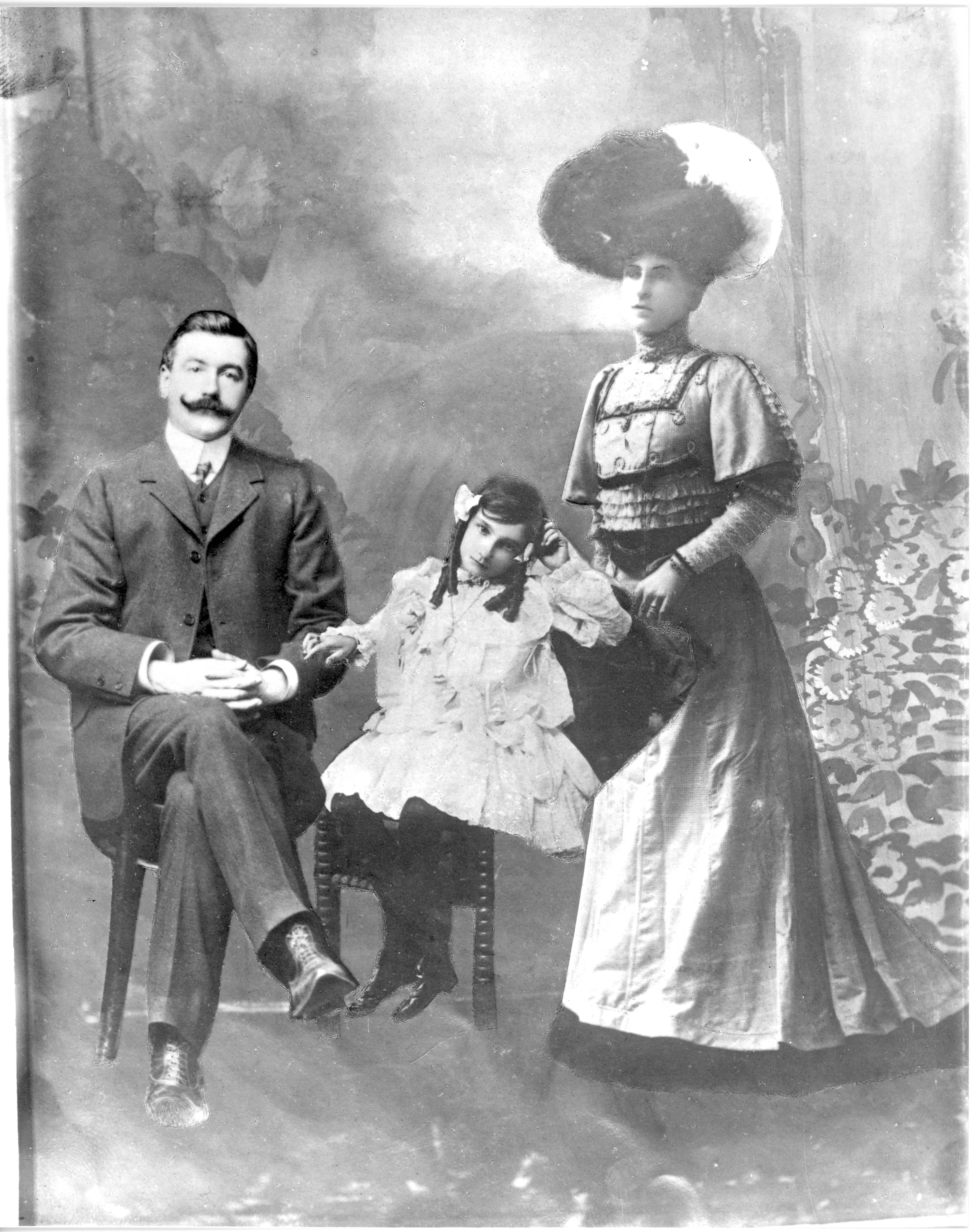 Detective Kavanagh and Family 1908