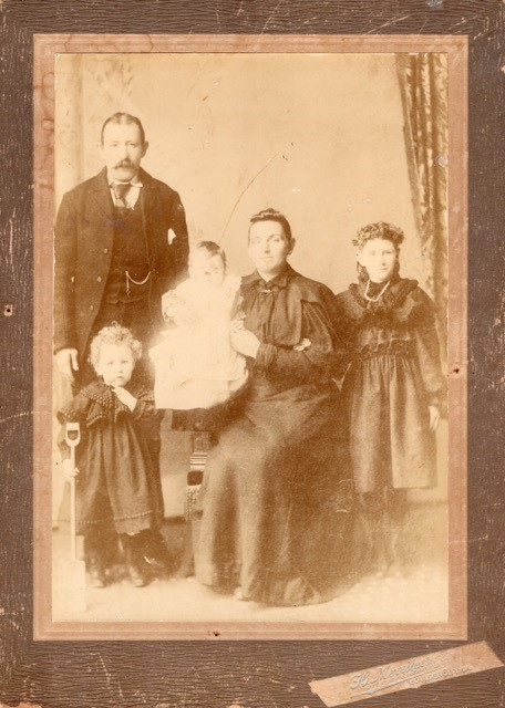 The Yuill family of Kalgoorlie